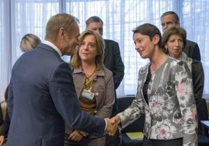 Oтляво надясно: Доналд Туск – президент на Европейския съвет, Валерия Ронцити – главен секретар на CEEP, Милена Ангелова – главен секретар на АИКБ и вицепрезидент на CEEP